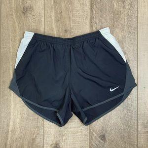 Nike Gray Dri Fit Golf/Tennis Skort Size Small